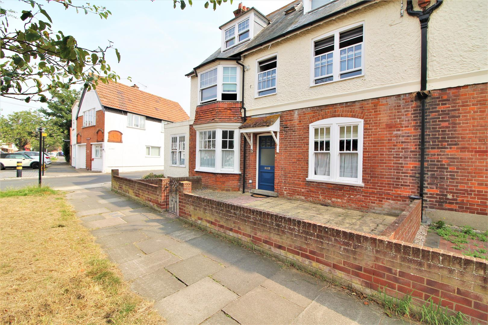 Old Road, Frinton-On-Sea, Essex, CO13 9BY